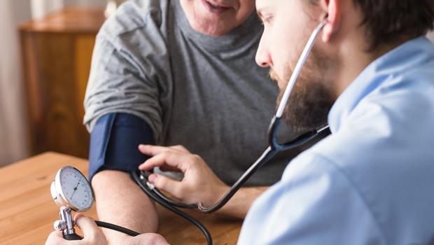 Svetovni dan hipertenzije: Za povišanim krvnim tlakom trpi tretjina odraslih (foto: Shutterstock)