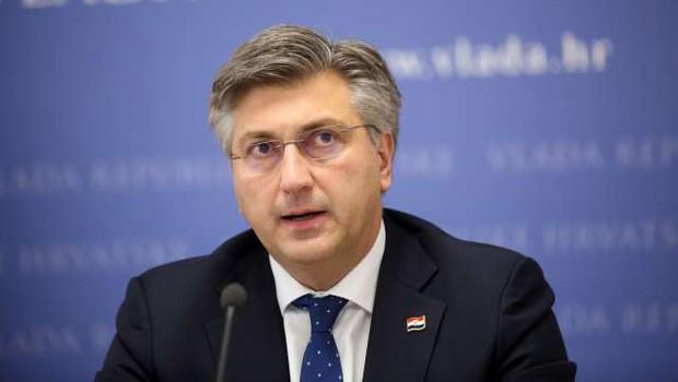 Plenković napovedal proizvodnjo sestavin za Pfizrjevo cepivo na Hrvaškem (foto: Hina/STA)