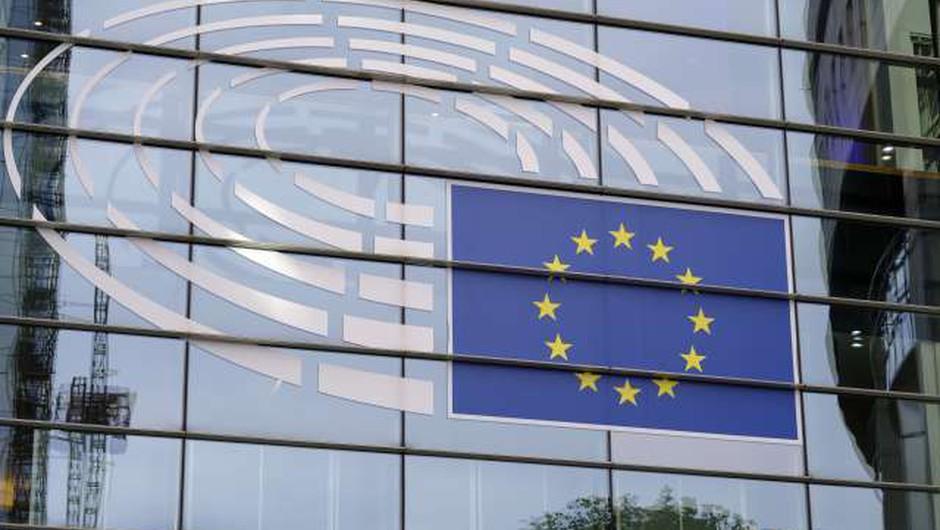Evropski parlament in članice EU dosegli dogovor o covidnem potrdilu (foto: Thierry Monasse/STA)