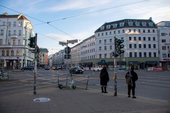 Od nedelje iz Slovenije v Nemčijo brez obvezne karantene