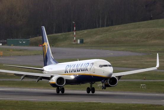 Lovci beloruske vojske prisilili Ryanairovo letalo k pristanku in aretirali opozicijskega novinarja