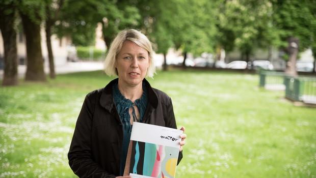 """Barbara Rigler: """"Pisateljski, novinarski in učiteljski poklic so nujni za ohranjanje družbenega kompasa!"""" (foto: Matej Maček)"""