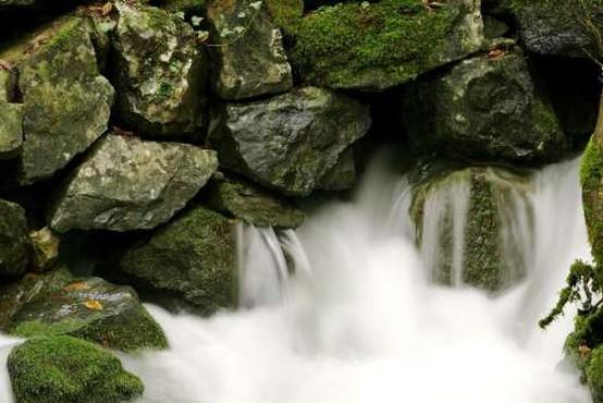 Reke bodo danes ponovno naraščale, predvsem na severozahodu tudi možnost poplav