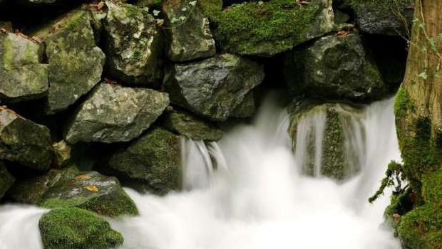 Reke bodo danes ponovno naraščale, predvsem na severozahodu tudi možnost poplav (foto: Daniel Novakovič/STA)