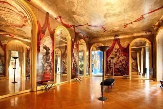 Po večletni prenovi odprli pariški muzej Carnavalet, posvečen zgodovini Pariza