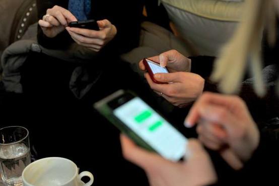 Pametni telefoni in prenosni računalniki ključni kanali za potrošnjo medijskih vsebin