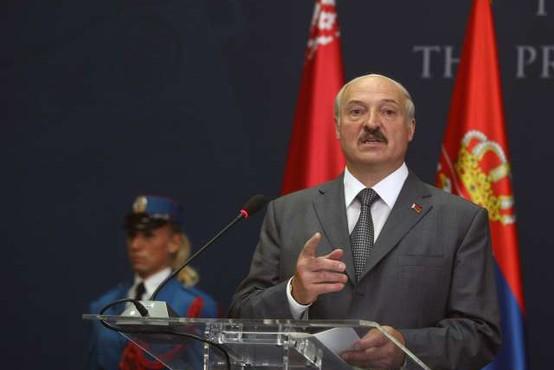 Beloruski režim dodatno omejil državljanom izhod iz države
