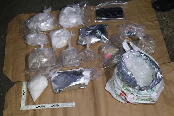 Kriminalisti razkrinkali kriminalno združbo in zasegli za več milijonov evrov drog
