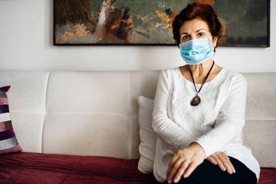 V sredo potrdili 273 okužb, umrli trije bolniki