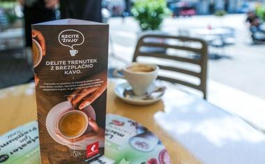 """""""Pobuda združuje tri meni ljube stvari: kavo, ki mi teče po žilah, naključno prijaznost in projekt Vida!"""""""