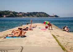 Prebivalci Slovenije lani prvič po letu 2009 večinoma potovali po domači državi