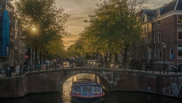 Nizozemska odprla kulturne ustanove in notranje prostore gostinskih lokalov (foto: profimedia)