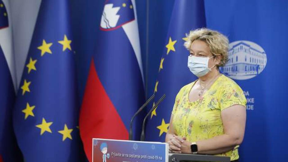 Logarjeva: Sprostitev vseh ukrepov bo možna, ko bo Slovenija v zeleni fazi po evropskem semaforju (foto: Anže Malovrh/STA)