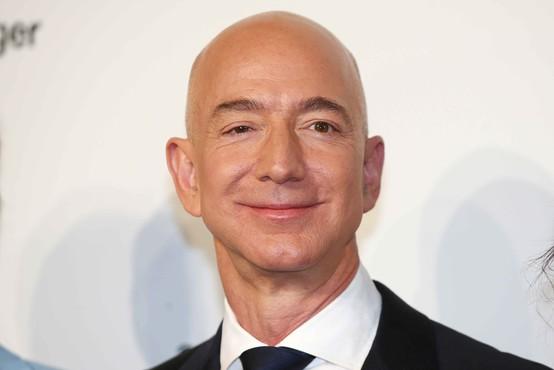 Lastnik Amazona bo potoval v vesolje s svojim plovilom New Shepard