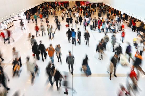 Z današnjim dnem dodatne sprostitve na področju kongresne dejavnosti, ponujanja nastanitev in v trgovskih centrih