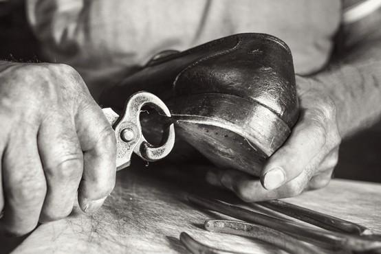 Tradicionalna čevljarska obrt na Koroškem je dobila prostor v slovenjgraškem muzeju