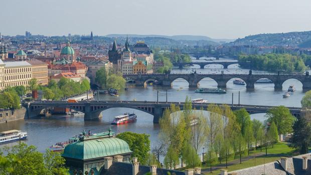 Češka bo 21. junija odprla meje za turiste iz EU (foto: Shutterstock)