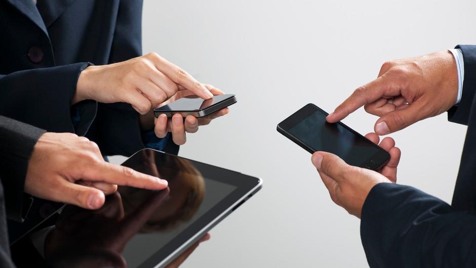 Polovica sodelujočih v raziskavi zaskrbljenih zaradi digitalne izmenjave osebnih informacij (foto: Profimedia)