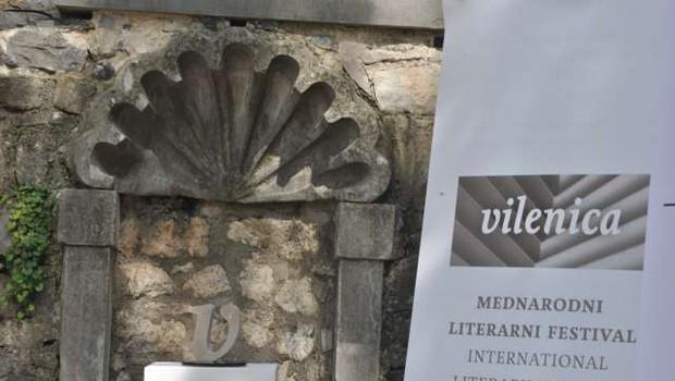 Literarna nagrada vilenica za avstrijskega pisatelja Josefa Winklerja (foto: Ksenija Brišar/STA)