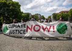 Greta Thunberg se je s protesti za prihodnost vrnila pred švedski parlament