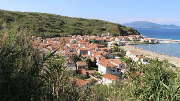 Preplah na hrvaškem otoku Susak zaradi prvega avtomobila (foto: HINA/STA)