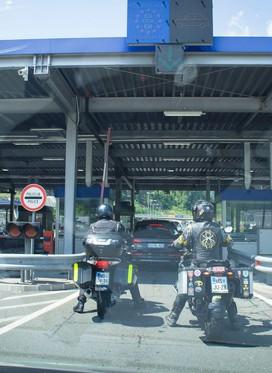 Veljati so začeli novi pogoji za vstop v Slovenijo
