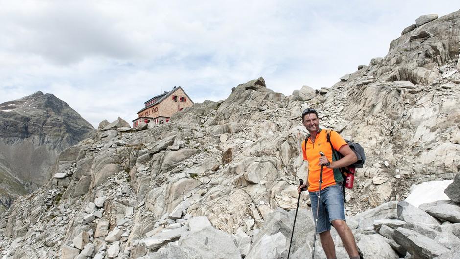 Planinska zveza pred poletnimi izleti v gorski svet opozarja na previdnost in potrebno opremo (foto: profimedia)