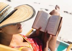 Na slovenski obali bo tudi to poletje dopustnike spremljala knjižnica na plaži