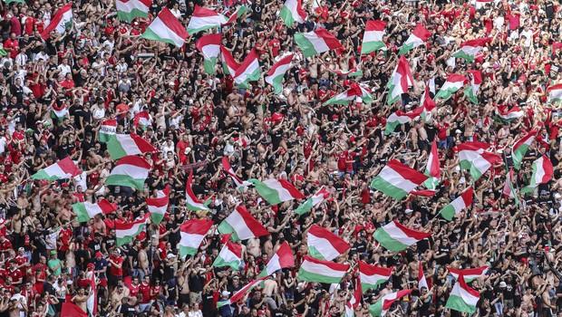 Madžarski navijači pod drobnogledom Uefe zaradi nešportnega navijanja (foto: profimedia)