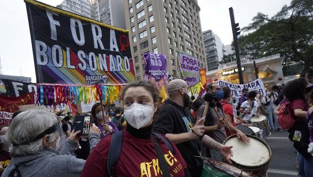 Po ZDA je črni mejnik več kot pol milijona umrlih presegla še Brazilija (foto: profimedia)