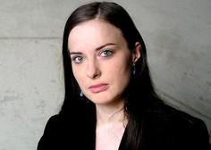 """Irena Svetek """"Nek kriminalec je mojo mamo, ki je bila takrat mlada tožilka, klical Rdeča kapica!"""""""