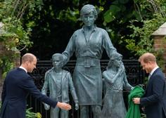 Princa William in Harry odkrila spomenik svoji mami v Kensingtonski palači