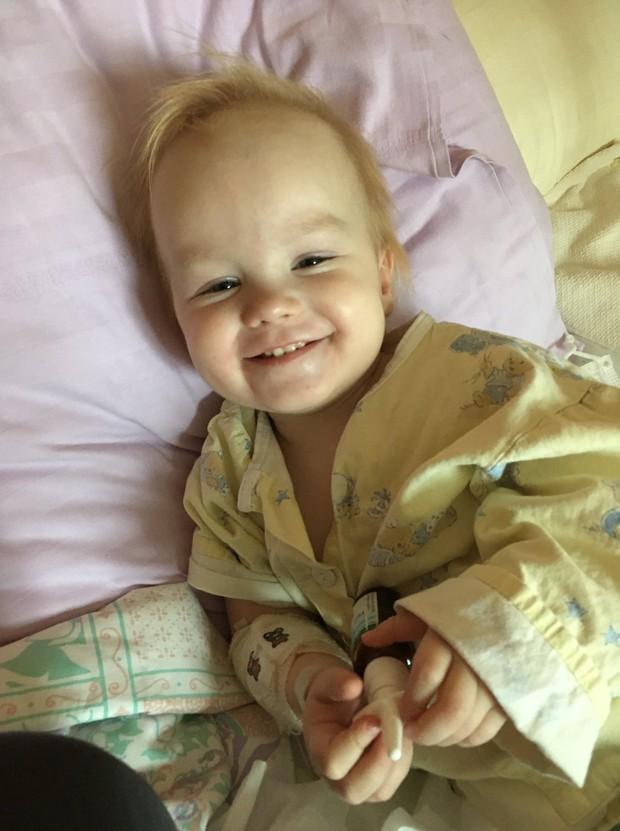 Spoznajte deklico Zalo: pri treh letih in pol je že prestala najhujše in zmagala! (foto: Društvo Viljema Julijana)
