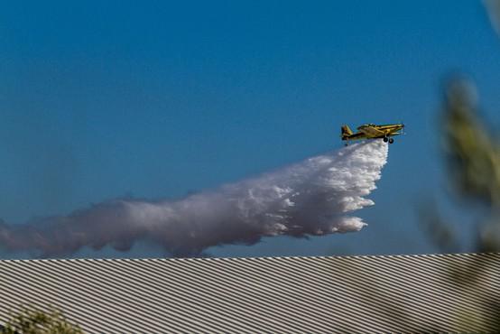 Po suši in vročini so na območju Limassola na Cipru izbruhnili požari