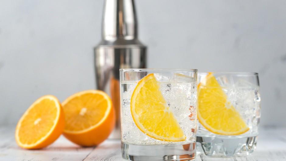 Že prvi gin iz destilarne Petriot prejel zlato priznanje (foto: profimedia)