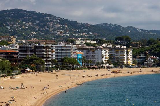 Okužba potrjena tudi med gorenjskimi dijaki po povratku z izleta v Španiji