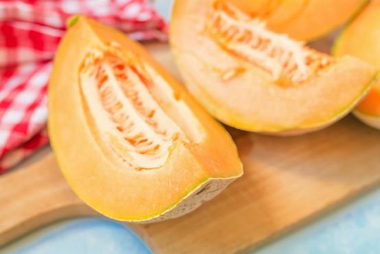 Japonska: Melone za 20.000 evrov kot luksuzno darilo
