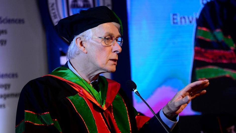 """Dr. Richard Roberts: """"Kdor želi pokazati svojo nevednost, naj se pač ne cepi."""" (foto: profimedia)"""