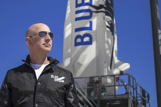 Z Bezosom bosta v vesolje poletela še najmlajši in najstarejša potnica doslej