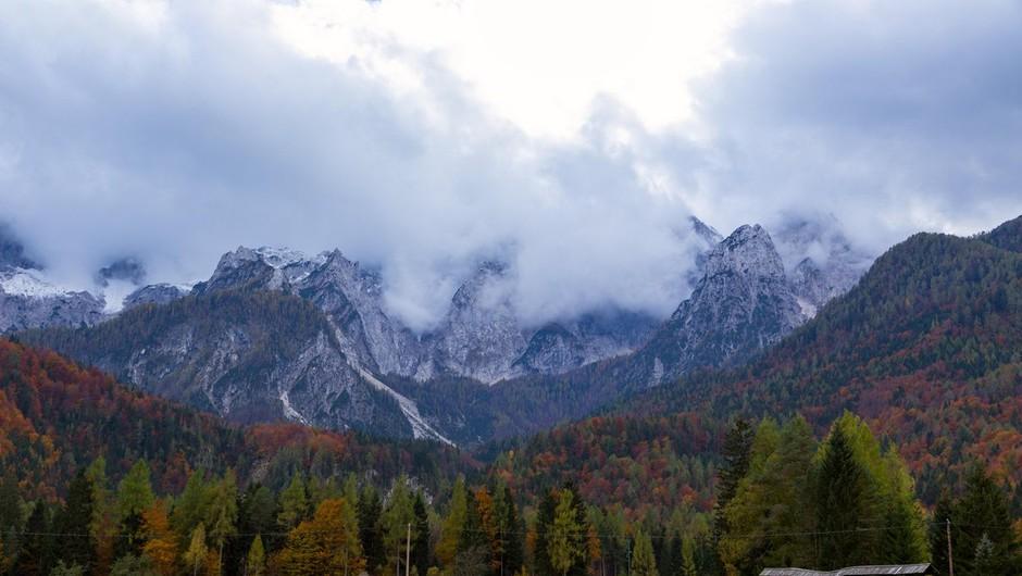 Ob naraščanju števila obiskovalcev v Triglavskem narodnem parku je pomembno osveščanje (foto: profimedia)