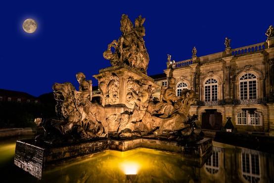 Pred slovitim opernim festivalom v Bayreuthu na ogled izvirna Wagnerjeva partitura