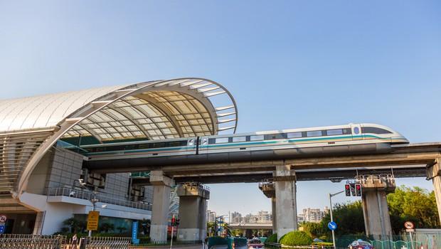 Kitajci končali najhitrejši magnetni vlak na svetu, zmožen hitrosti 600 km/h (foto: profimedia)
