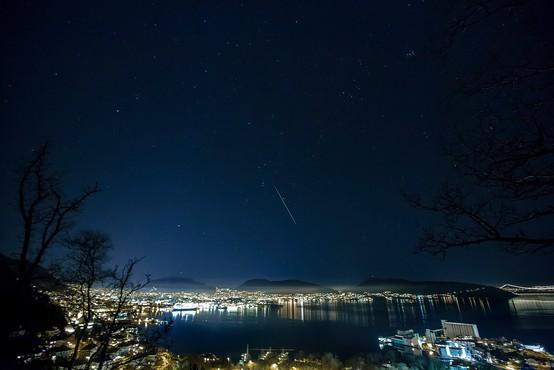 Norveško nebo je ponoči razsvetlil meteorit, ki je padel nedaleč od Osla