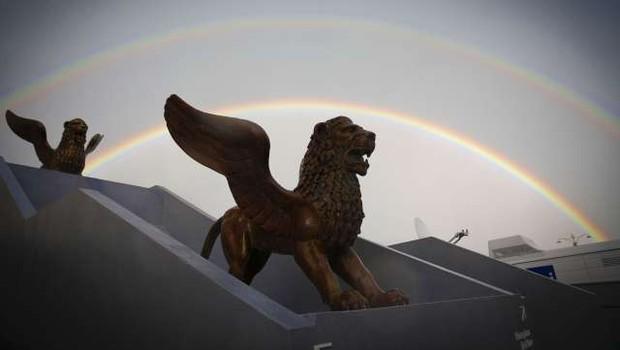 Za zlatega leva se bo na beneškem filmskem festivalu potegovalo 21 filmov (foto: Xinhua/STA)