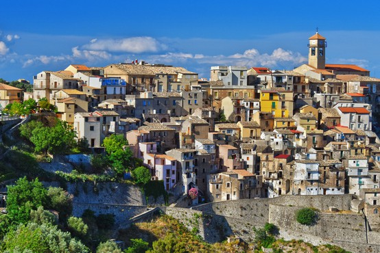 Prelepe italijanske vasi nove prebivalce vabijo z denarjem