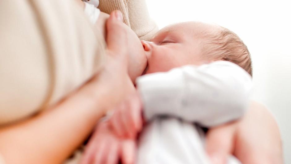 Svetovni teden dojenja izpostavlja koristi za dojenčka in mamico (foto: profimedia)
