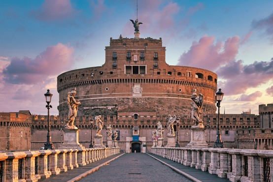 Brez covidnega potrdila v Italiji ni več mogoče  vstopiti v restavracije in kulturne ustanove