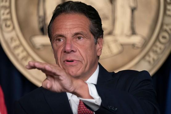 Vložena prva tožba proti newyorškem guvernerju zaradi spolne zlorabe