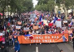 Francozi zaradi ukrepov Emmanuela Macrona in uvedbe PCT znova na ulici