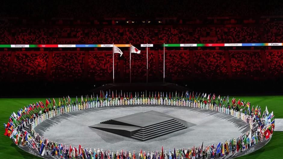 Olimpijski ogenj v Tokiu je ugasnil, končale so se igre upanja, solidarnosti in miru (foto: profimedia)